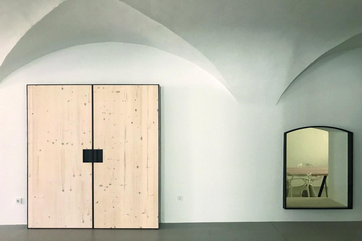 Dudlhofer-Coworking-Landshut-kreativ-gemeinsam-Office-Space-Heike Schwarzfischer-burgmeierundvoelkl-architekten-meetingraum