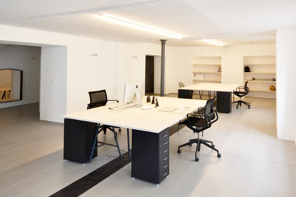 Dudlhofer-Coworking-Landshut-kreativ-gemeinsam-Office-Space-Heike Schwarzfischer-burgmeierundvoelkl-architekten