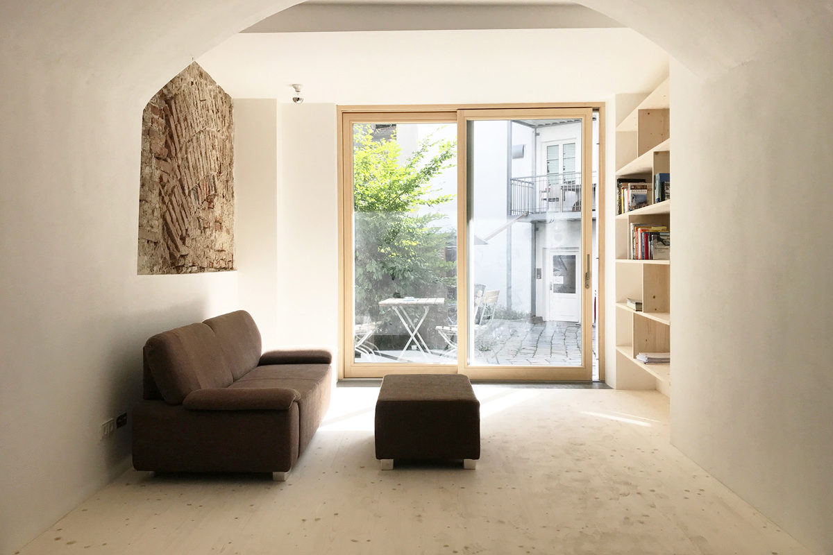 Dudlhofer-Coworking-Landshut-kreativ-gemeinsam-Office-Space-Heike Schwarzfischer-burgmeierundvoelkl-architekten-lounge