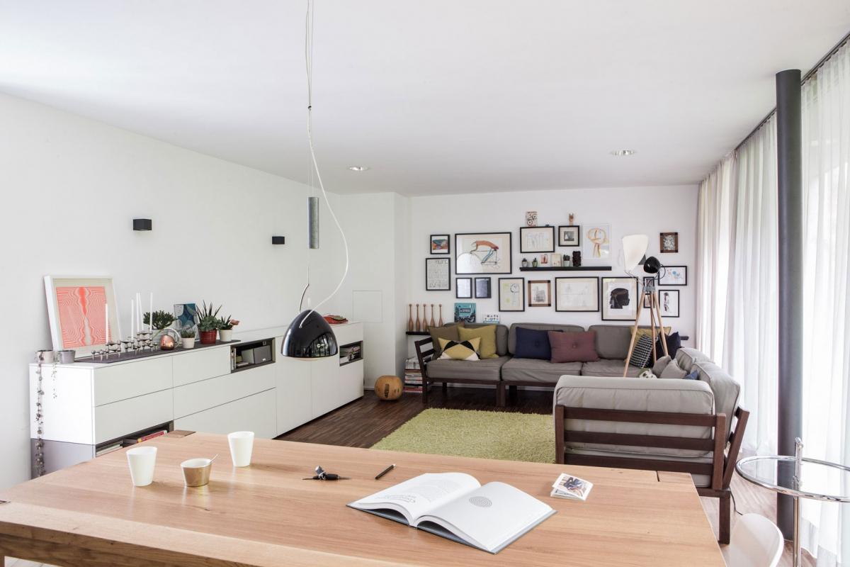 Individuelle Wohnraumgestaltung für die ganze Familie in modernem Wohnstil mit zeitlosen Klasssikern und einer Spur Vintage © Heike Schwarzfischer Interiordesign in Landshut bei München